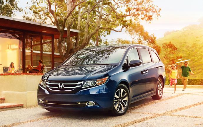 Blue Honda Odyssey Minivan