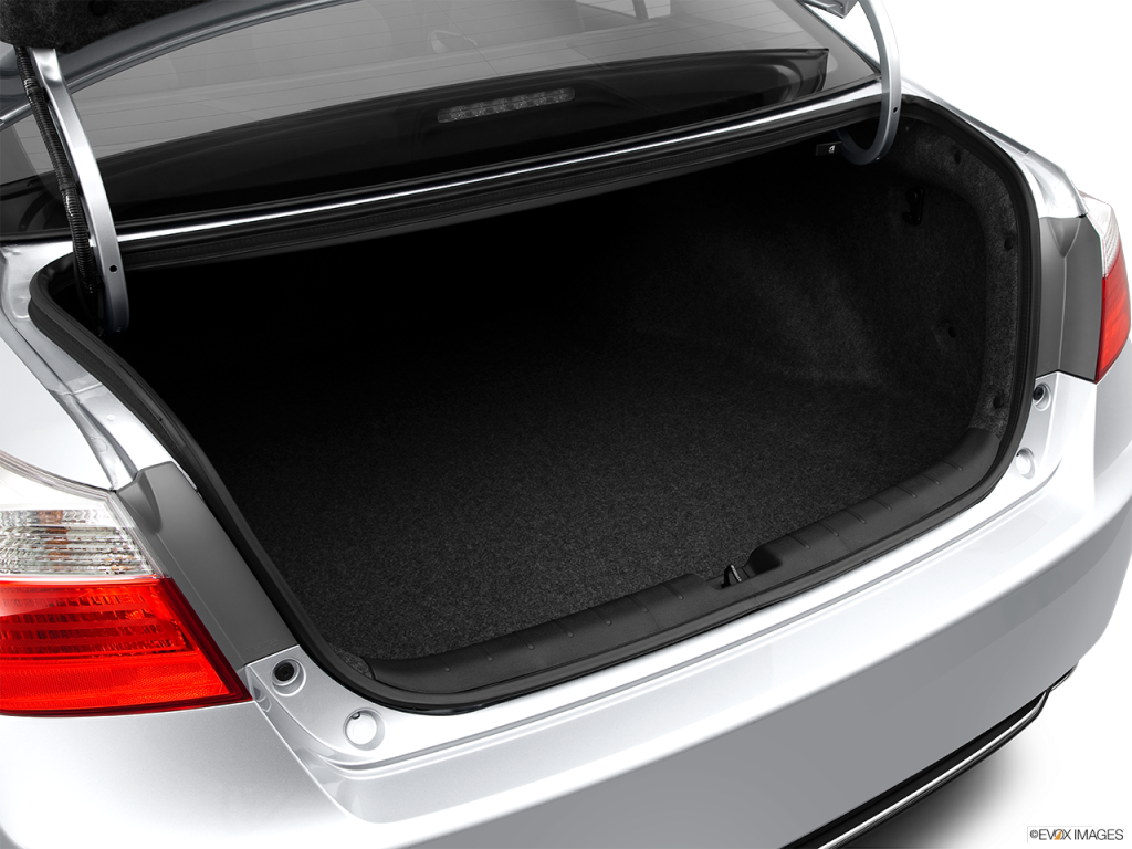 2014 Honda Accord Has A Lot Of Trunk Space
